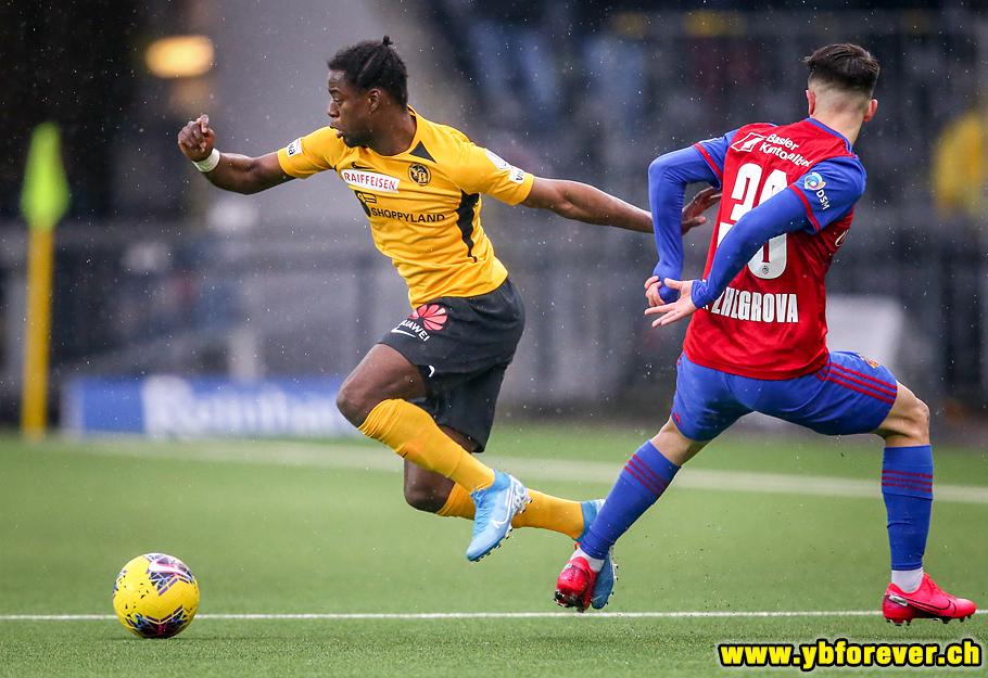 YB - FC Basel 0:3 (0:2) | BSC Young Boys-Fotos von Thomas